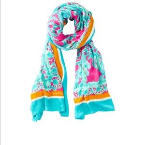 Julie scarf beach bound